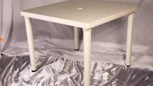 Hire square tables